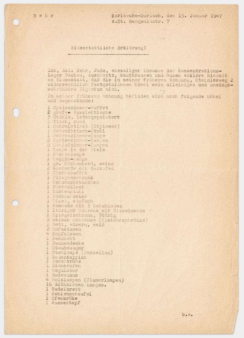 Seite 1 - Eidesstattliche Erklärung, Schreibmaschine getippt, schwarze Farbe, Din A 4, leicht vergilbtes Papier, drei mal gelocht links außen